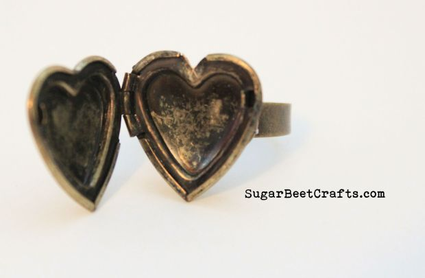 Heart Locket Ring 3
