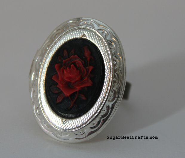 Rose Locket Ring 1