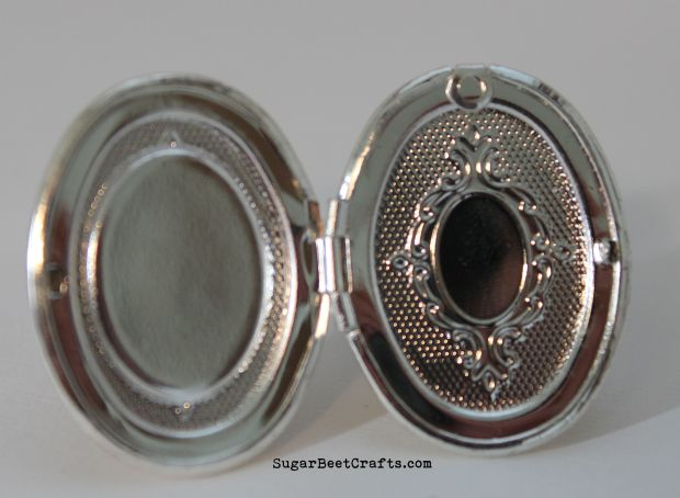 Rose Locket Ring 2