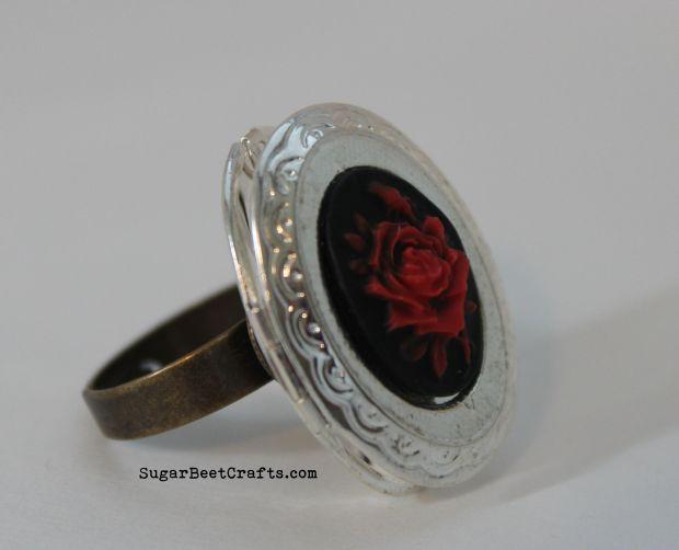Rose Locket Ring 3