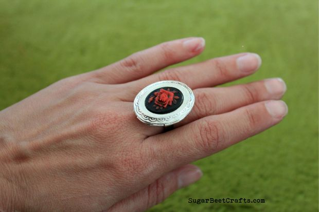 Rose Locket Ring 4